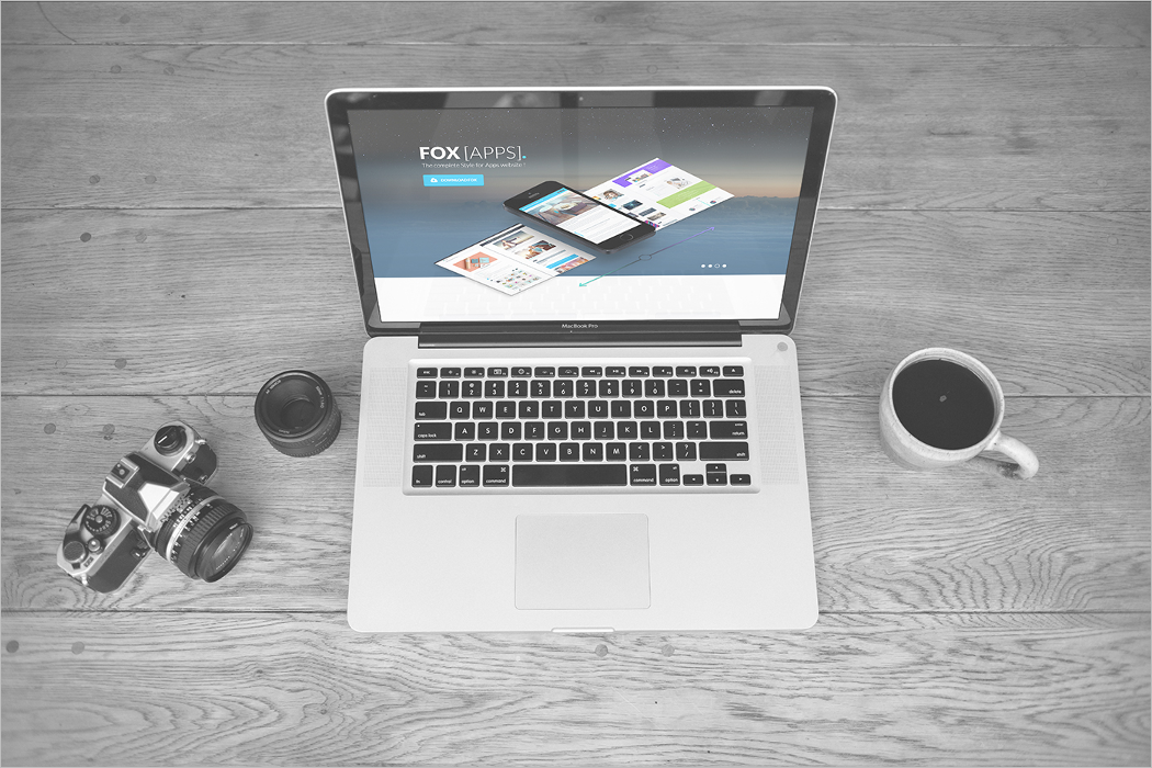 Laptop Mockup Free PSD Design